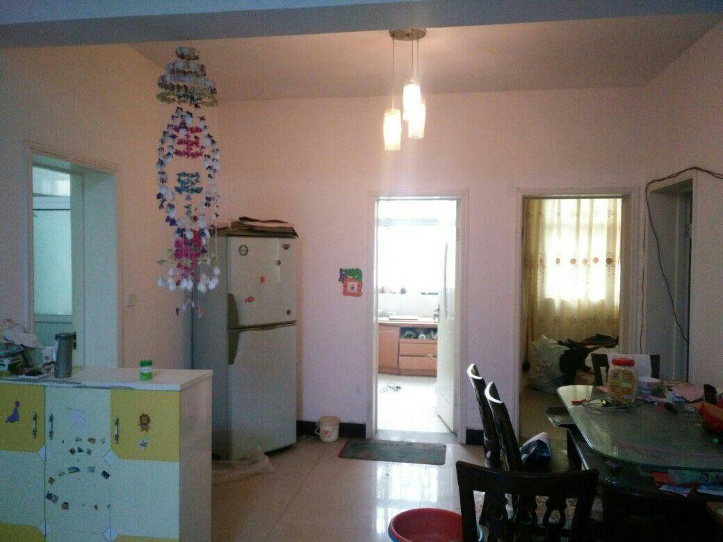 【暖气房出租】杭州路附近,四楼有家具家电