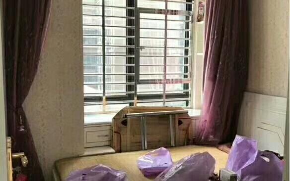 出售:尚学领地3室精装修,证件齐全!