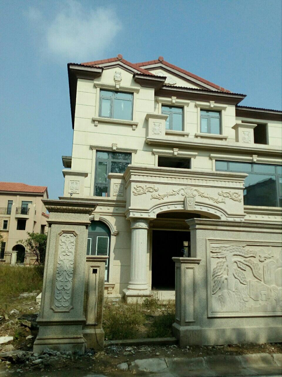 碧桂园4室3厅3卫85万元
