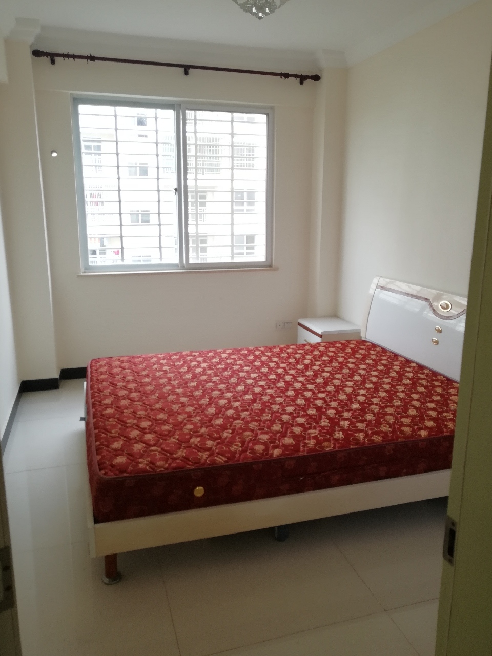 新天地阳光城2室2厅1卫82万元