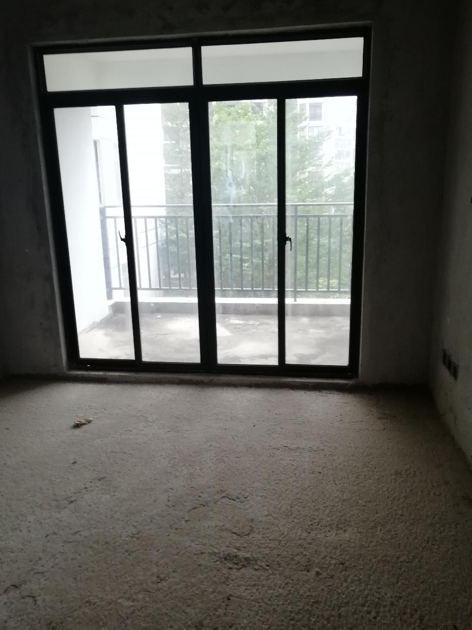 万泉绿洲2室2厅1卫60万元