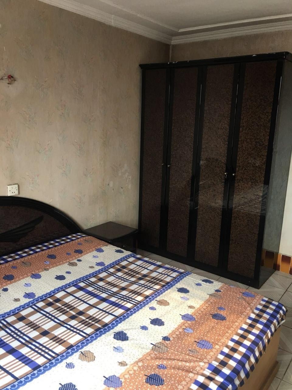 招远出租花园区3室1厅1卫1000元/月