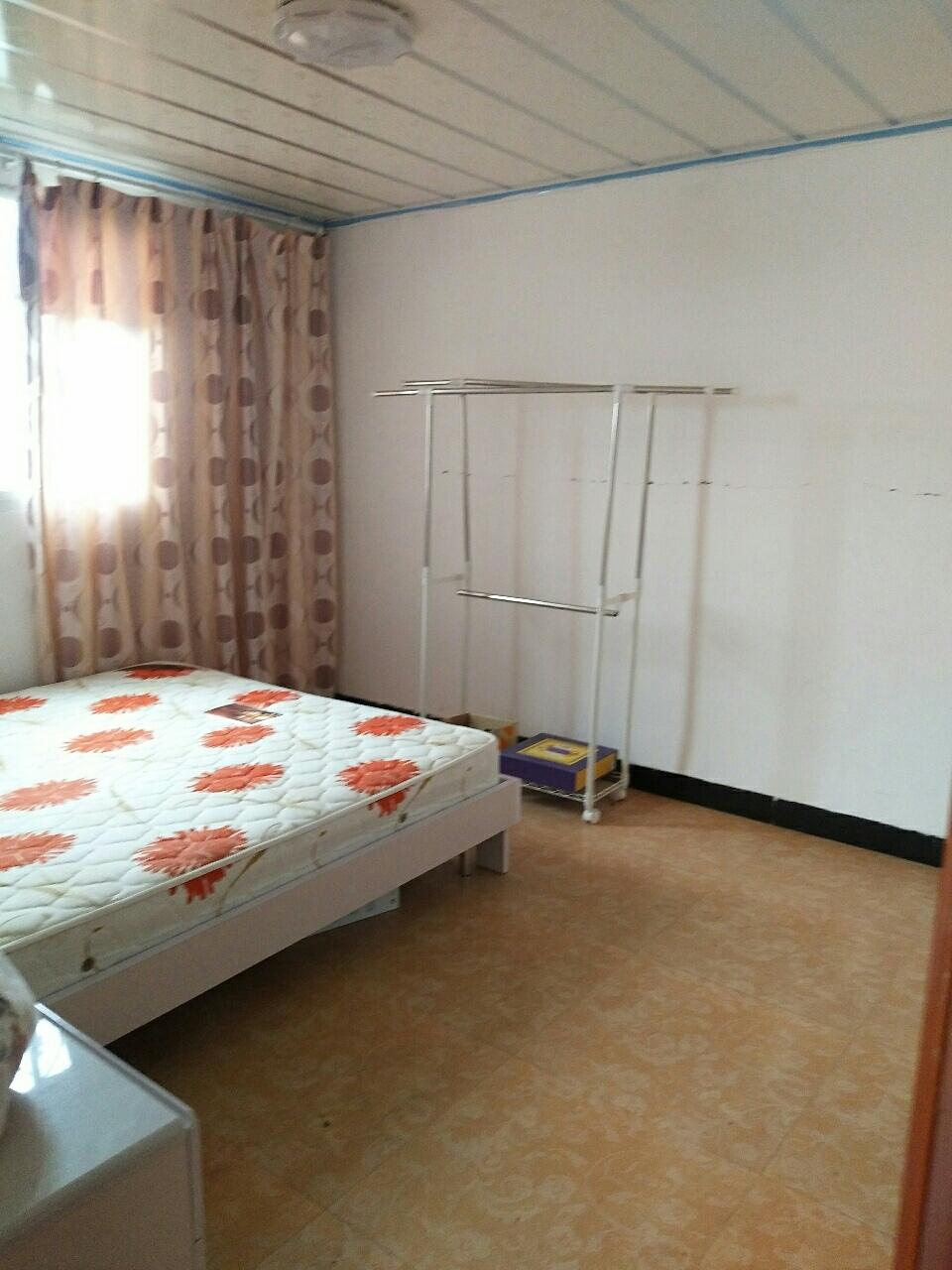 龙腾锦城2室2厅1卫670元/月看房方便
