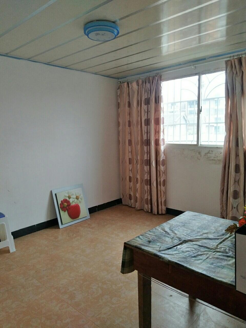 龙腾锦城2室2厅1卫700元/月看房方便