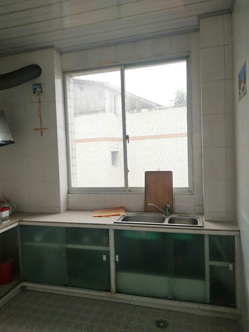 龙腾锦城3室2厅2卫1167元/月随时看房