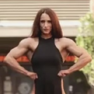 女强肌肉人