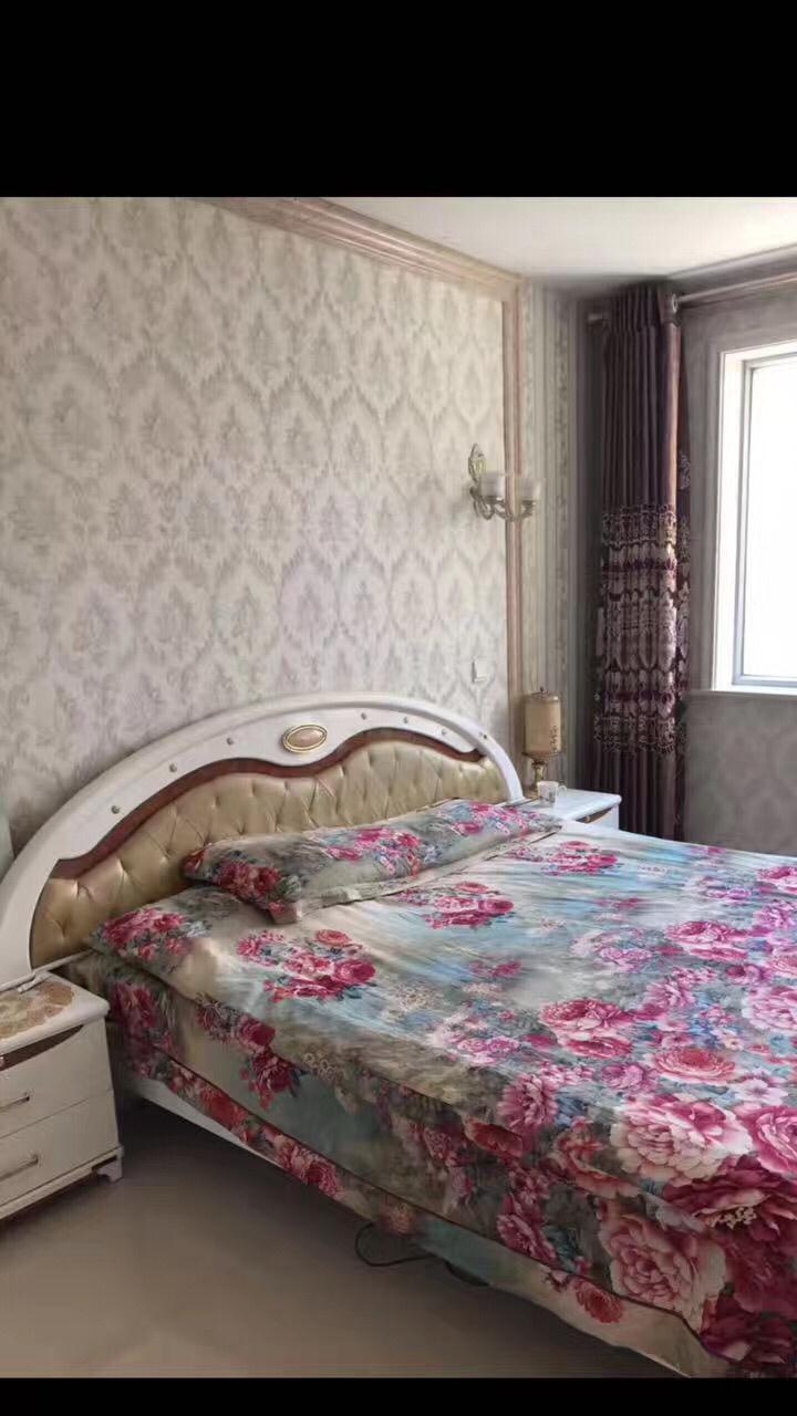 東方家園6室2廳2衛115萬元
