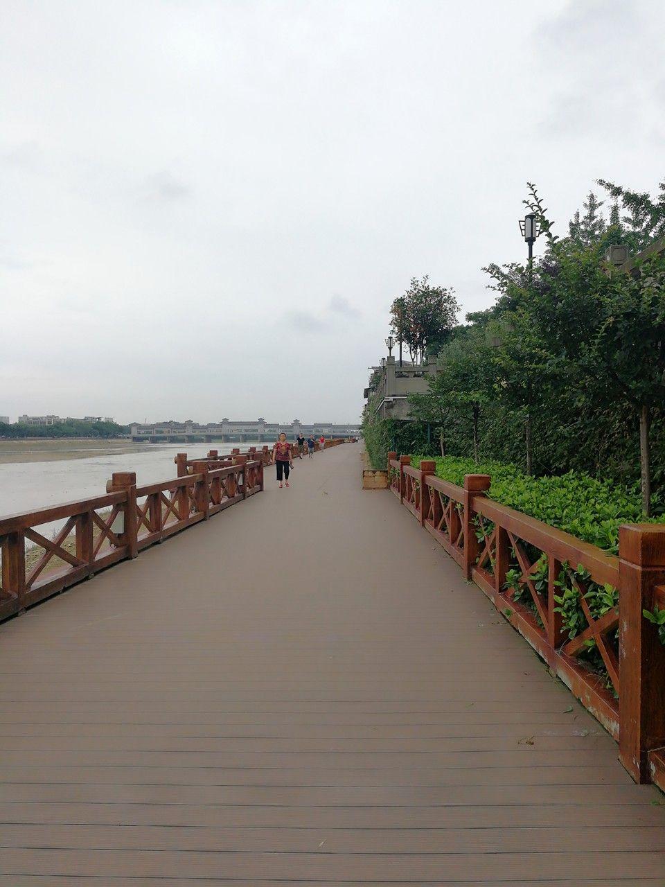 【素手拈FLOWER工作室】雨后的广汉,空气格外清新,一切都是这样舒适而平静