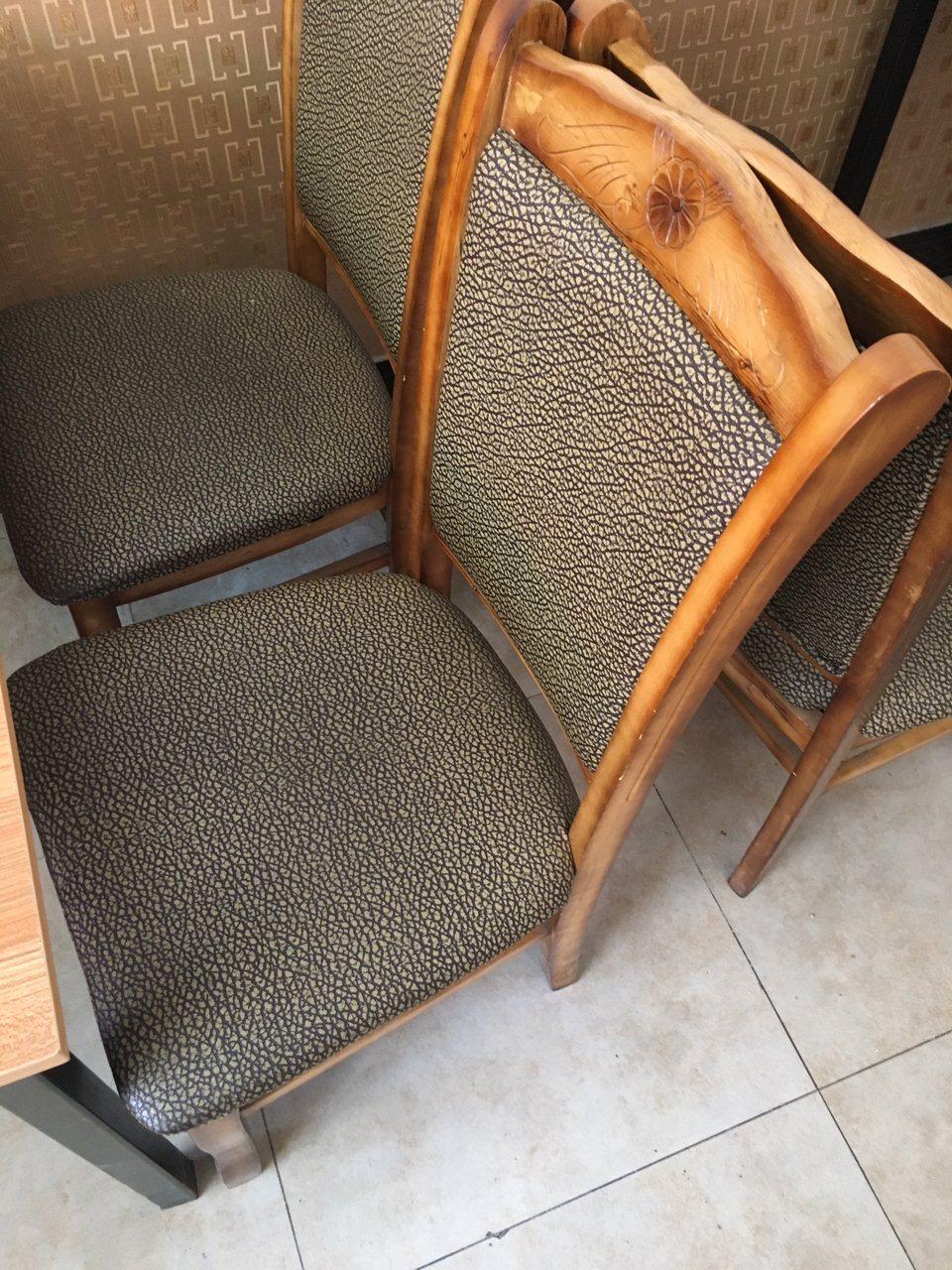 230一套饭店桌椅