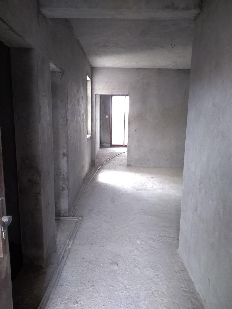 伊比亚1室1厅1卫56万元