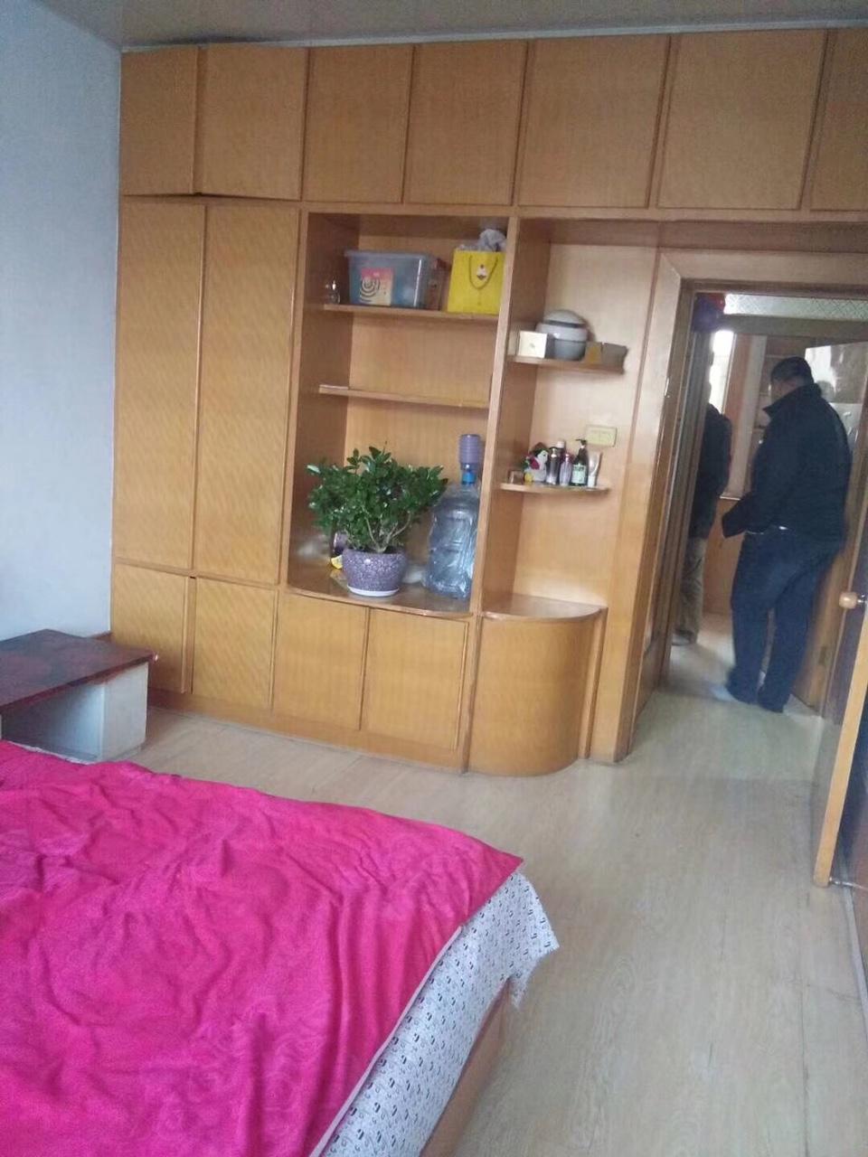 朝阳镇铁路家属楼2室1厅1卫12万元