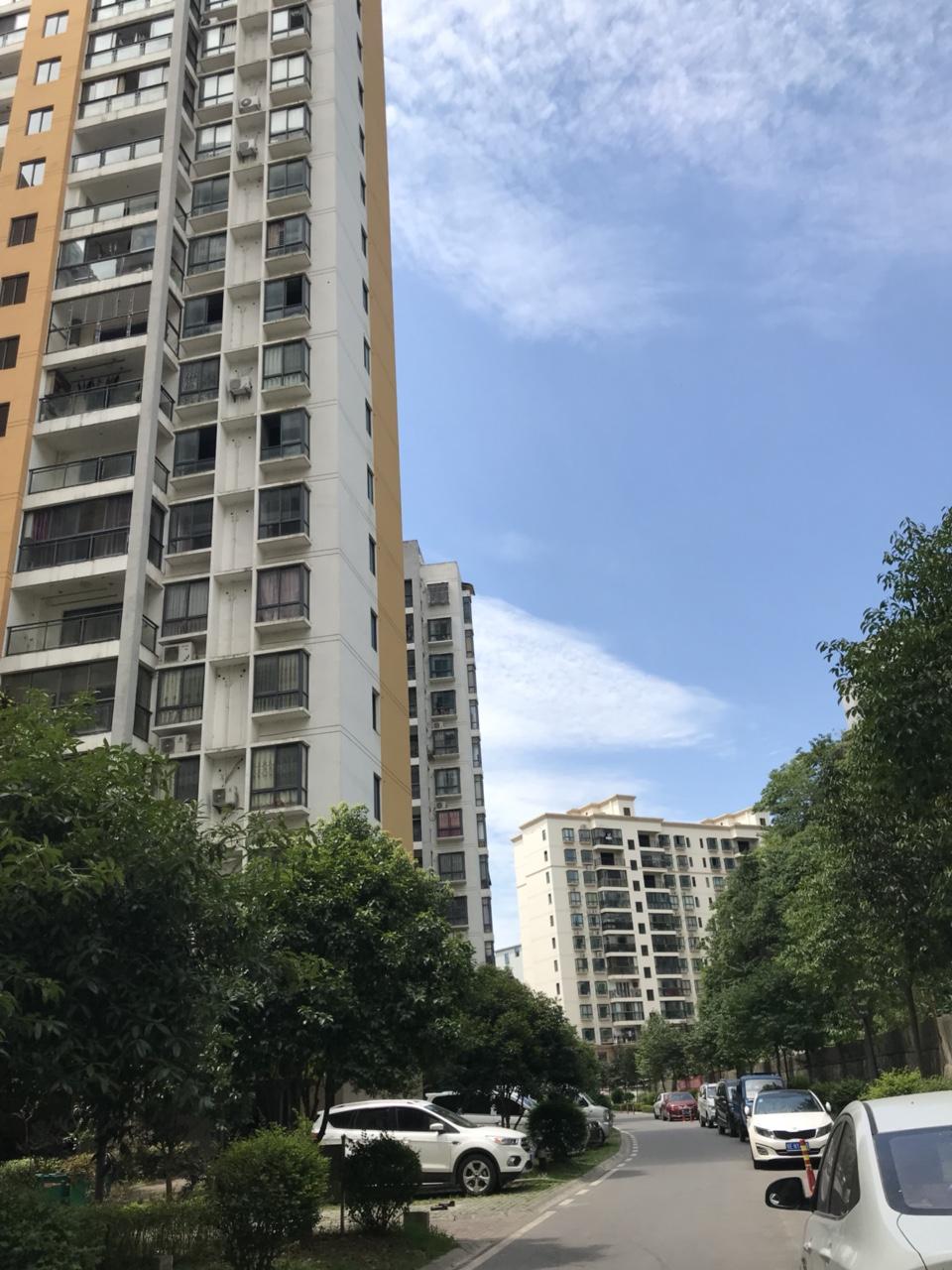 长阳桂林丽岛小区3室2厅2卫29万元