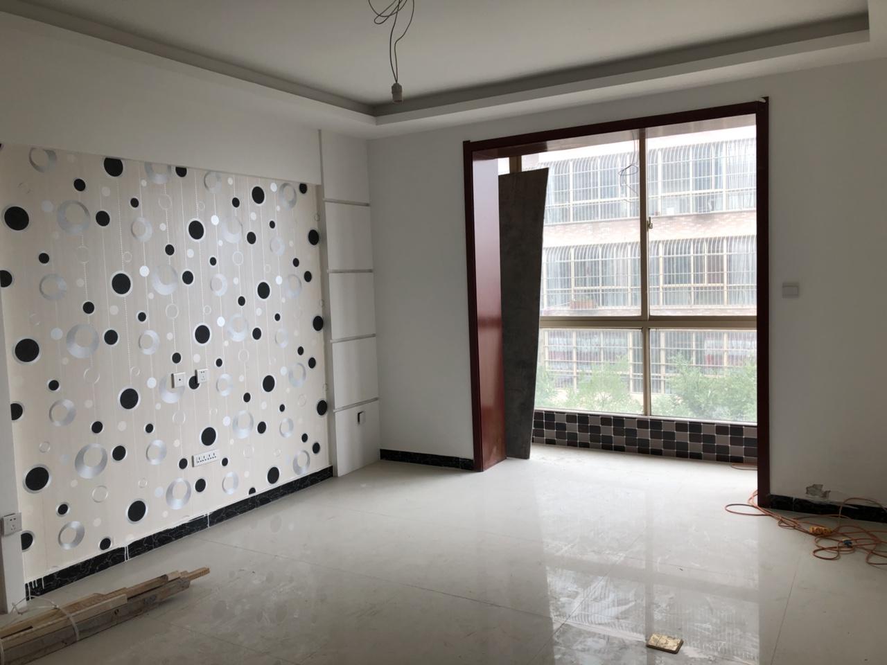 毓秀颐苑3室2厅1卫32万元