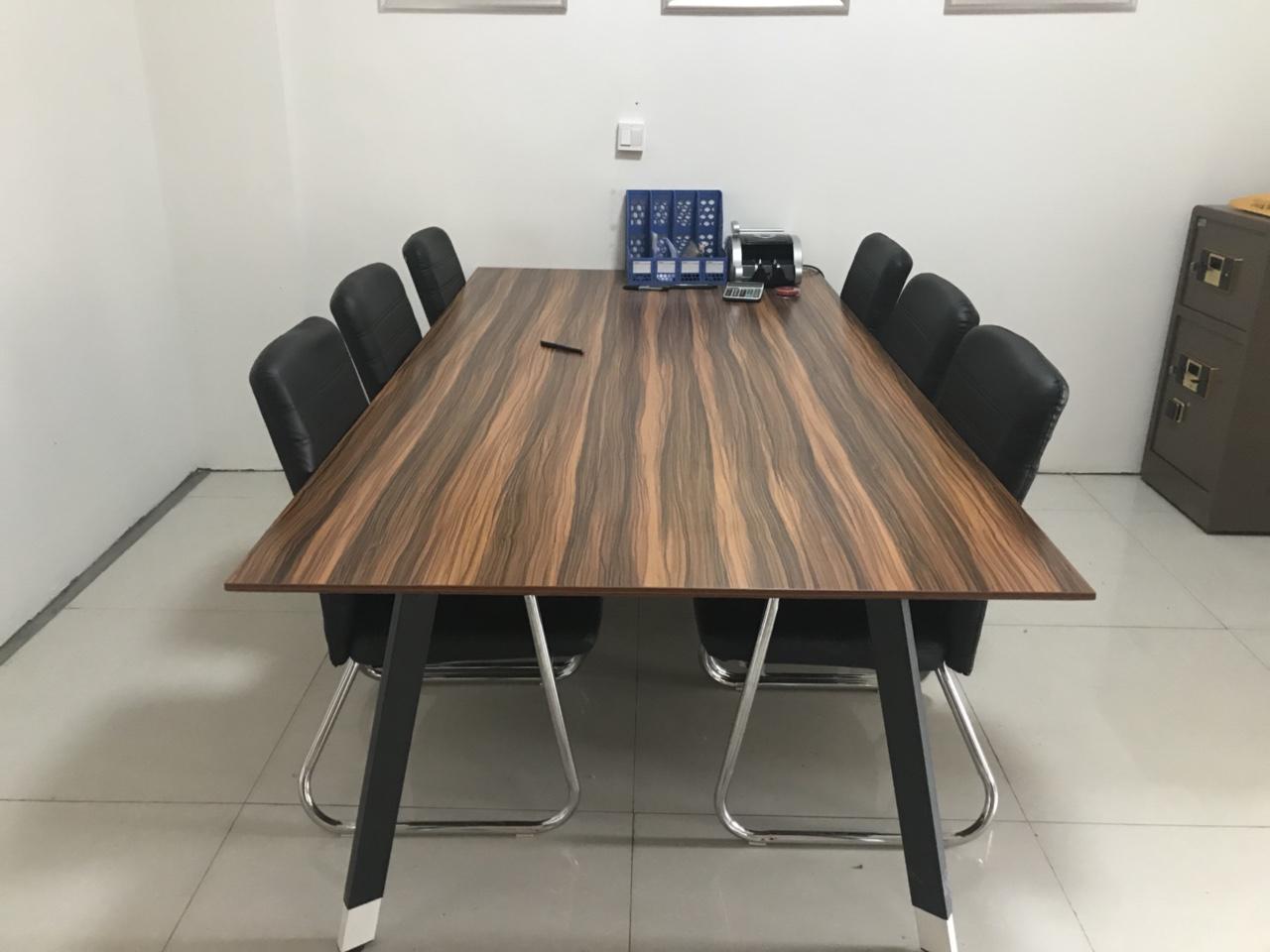 会议桌,低价处理,才用半年