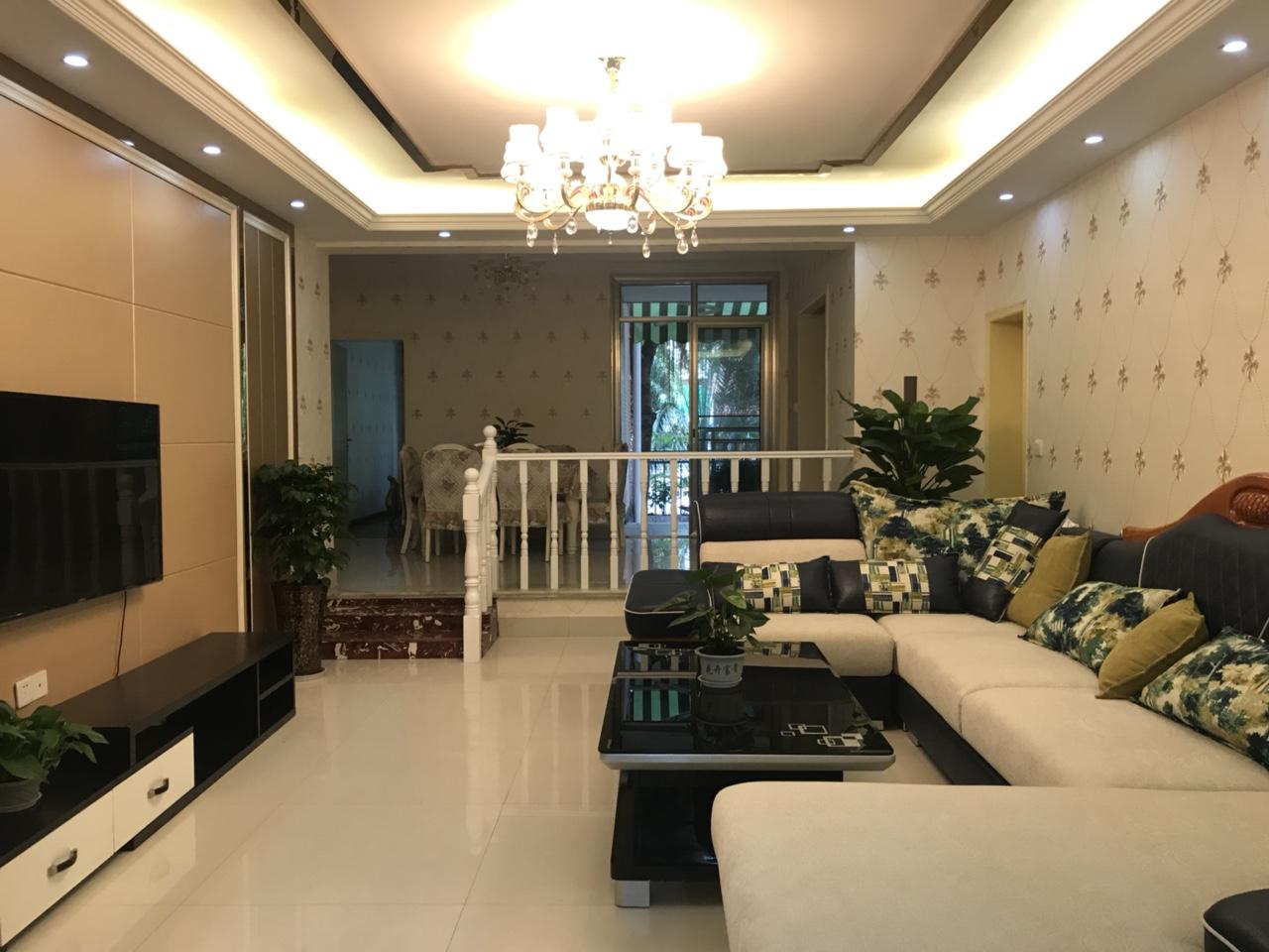 丽都滨河一期一楼带花园3室2厅2卫98万元