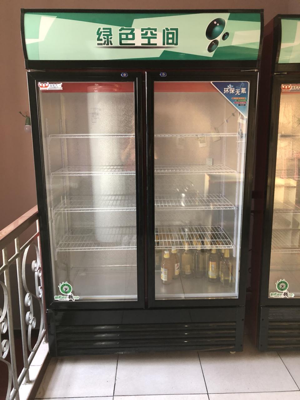 双开门冷藏柜买的时候没有计划好,用了不到十天,折价卖
