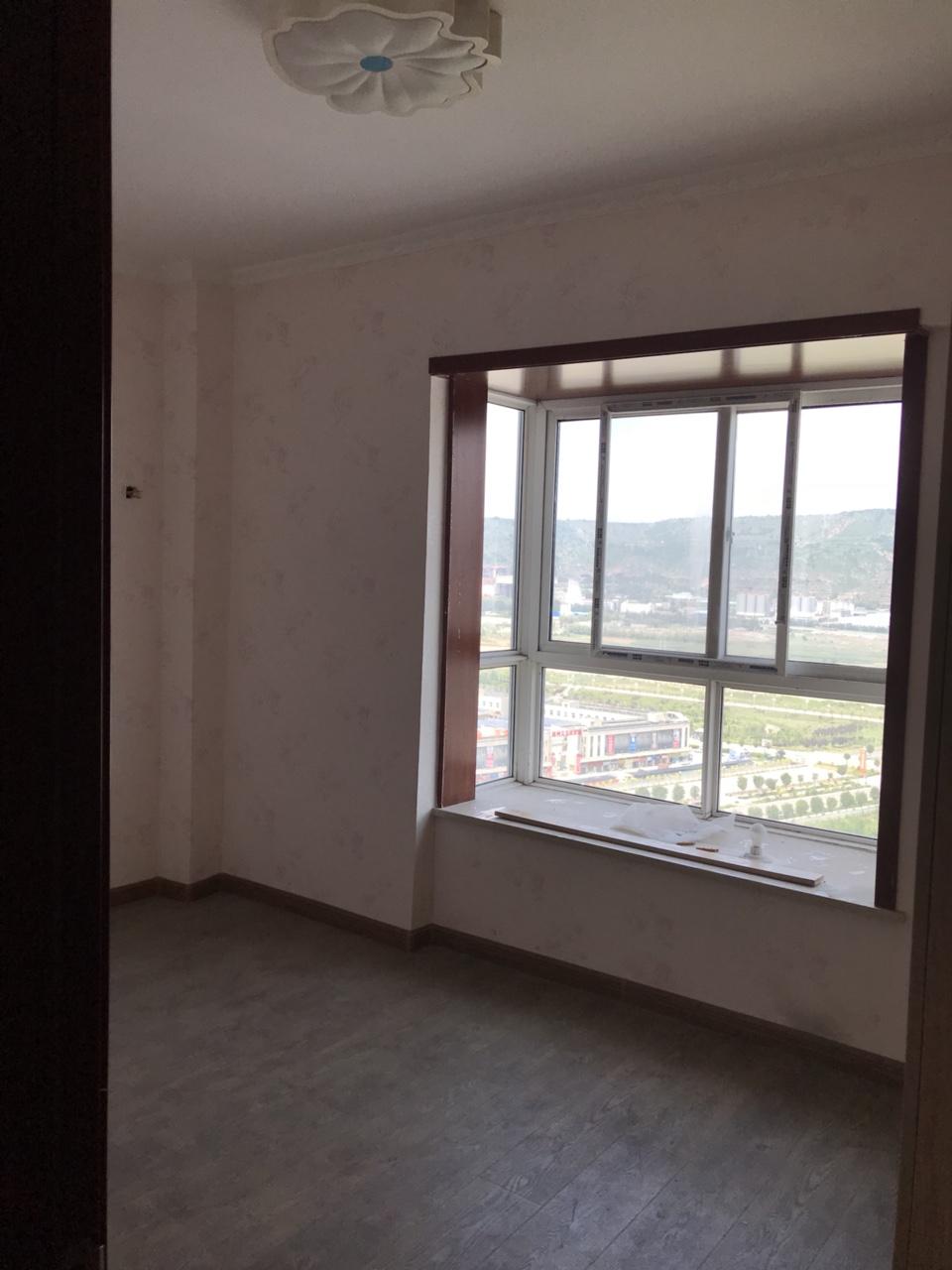 【出售】腾宇国际3室2厅2卫56万元