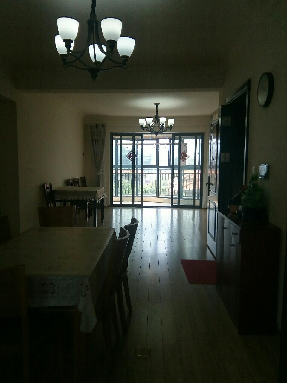 碧桂园景观房145平精装4室2厅2卫南北通透看中可谈