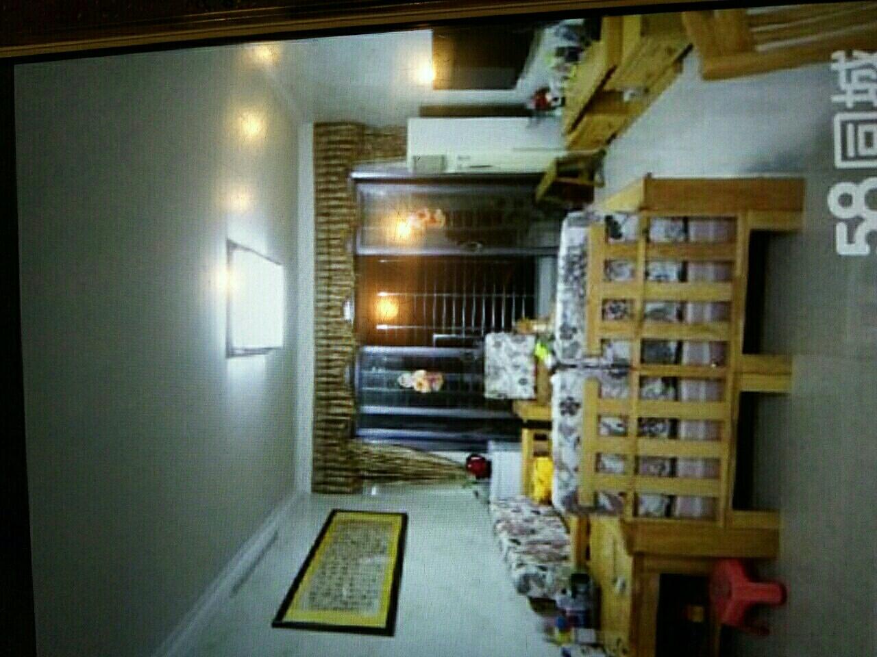 宝龙城市广场3室2厅2卫2600元/月