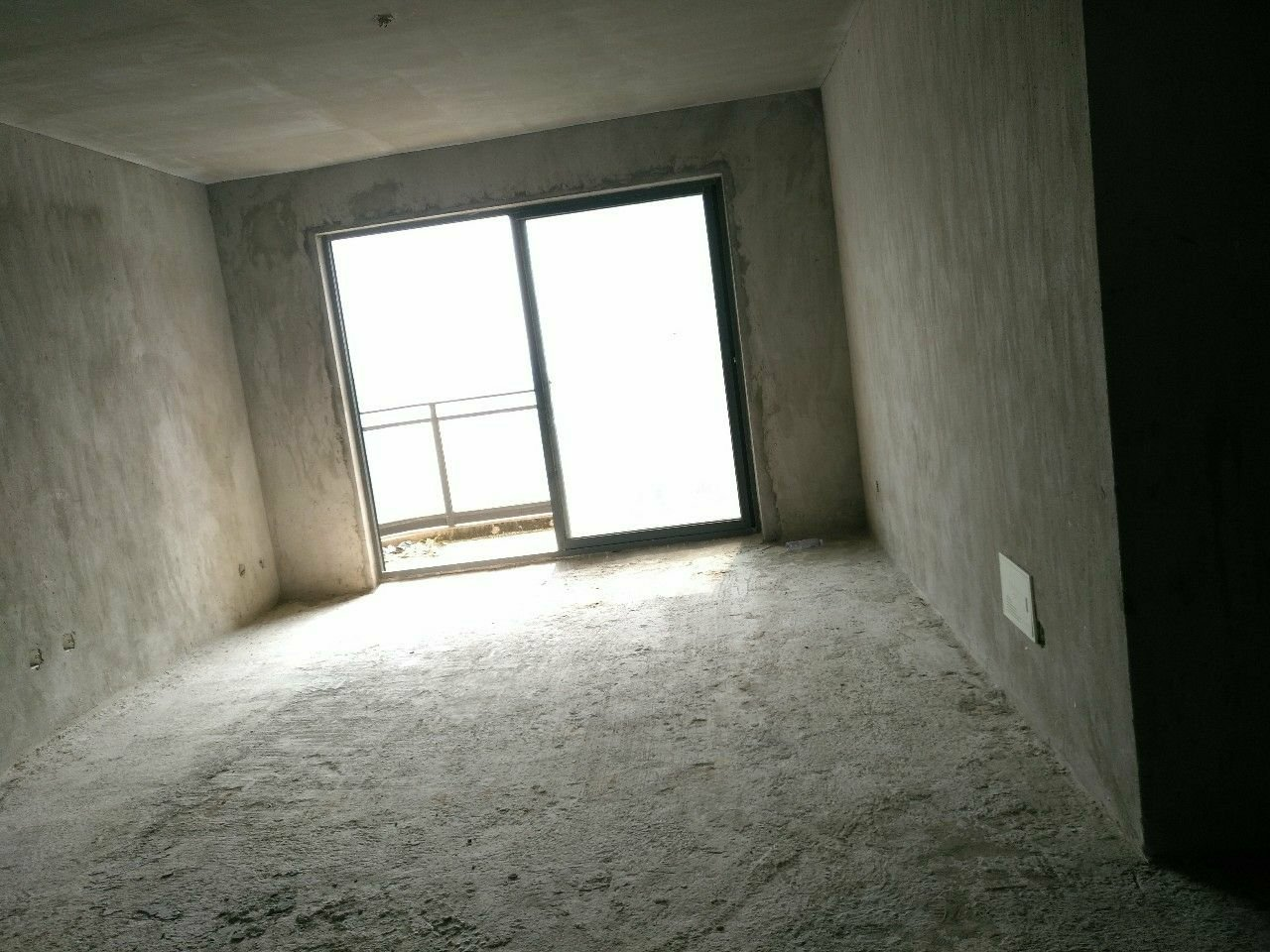 铁观音山庄3室2厅2卫95万元