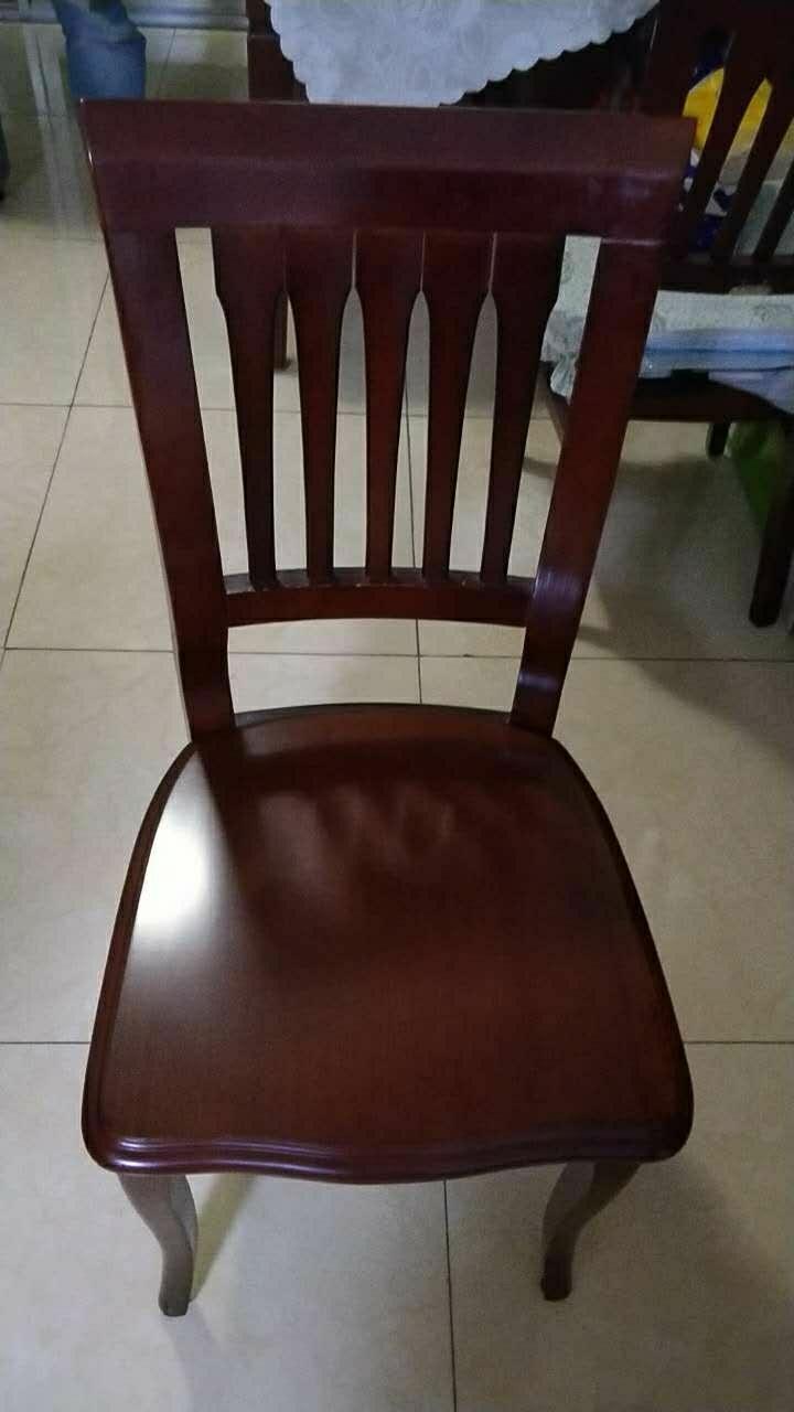 出售餐桌加六把椅子