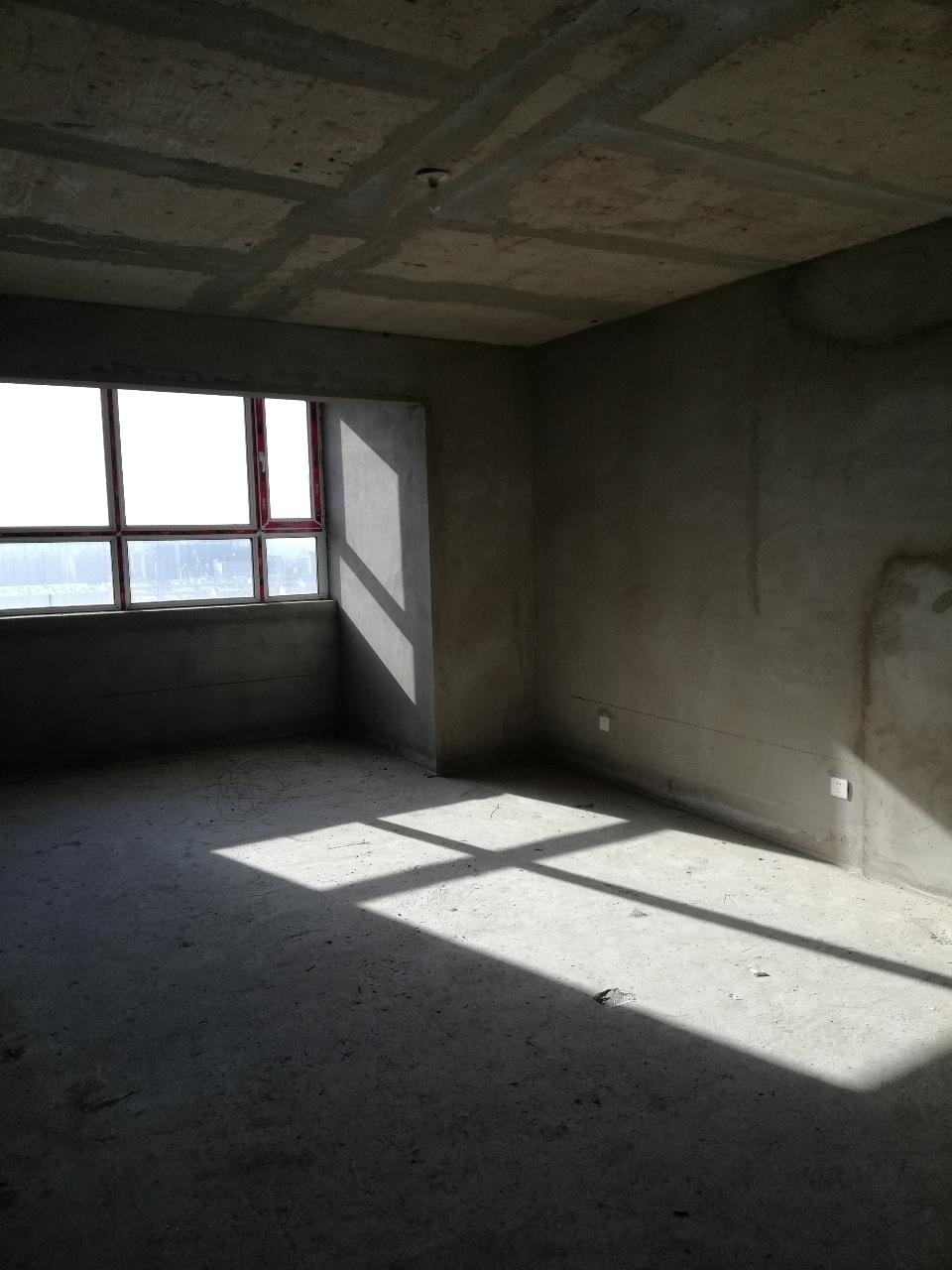 鹤城丽都2室1厅1卫45万元