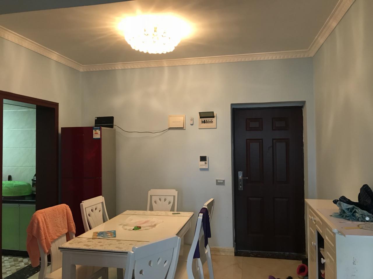 沸城时代精装2室,证上面积76平米喊价35万!