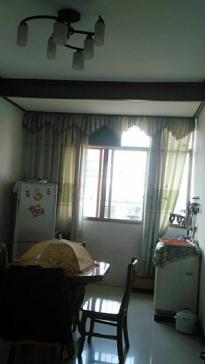 接官亭小區3室2廳2衛80萬元