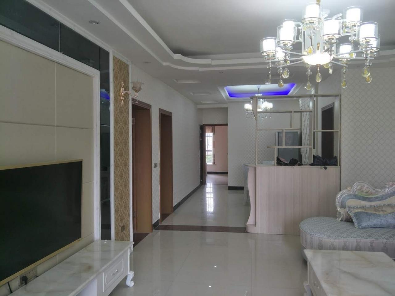 石韵苑3室2厅2卫56万元