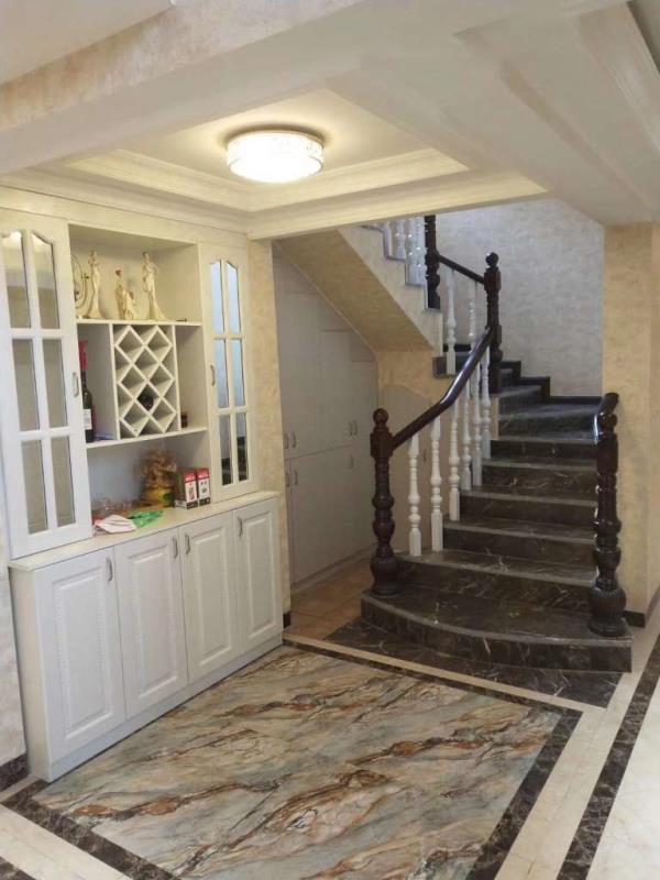 绝对好房惠邦一期小区环境优美,厅2卫168万元