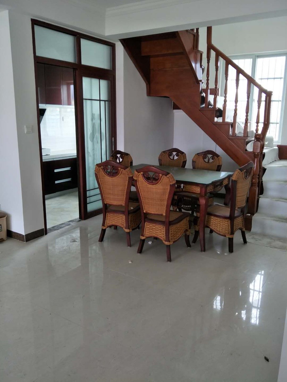 京博雅苑5室3厅2卫260万元