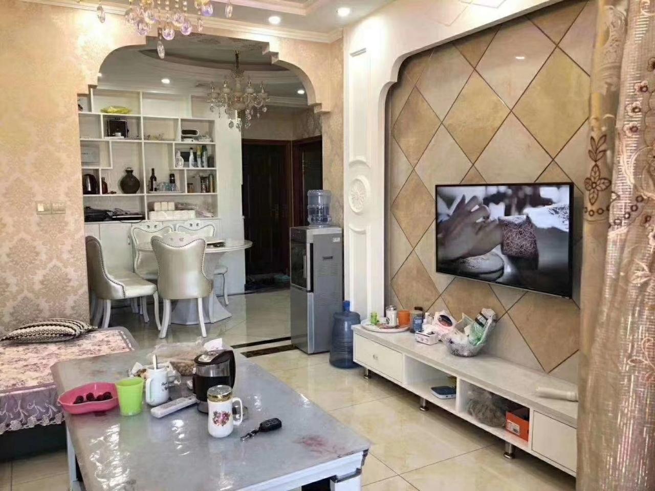 山台山精装修,3室2厅2卫58万元品牌家具家电