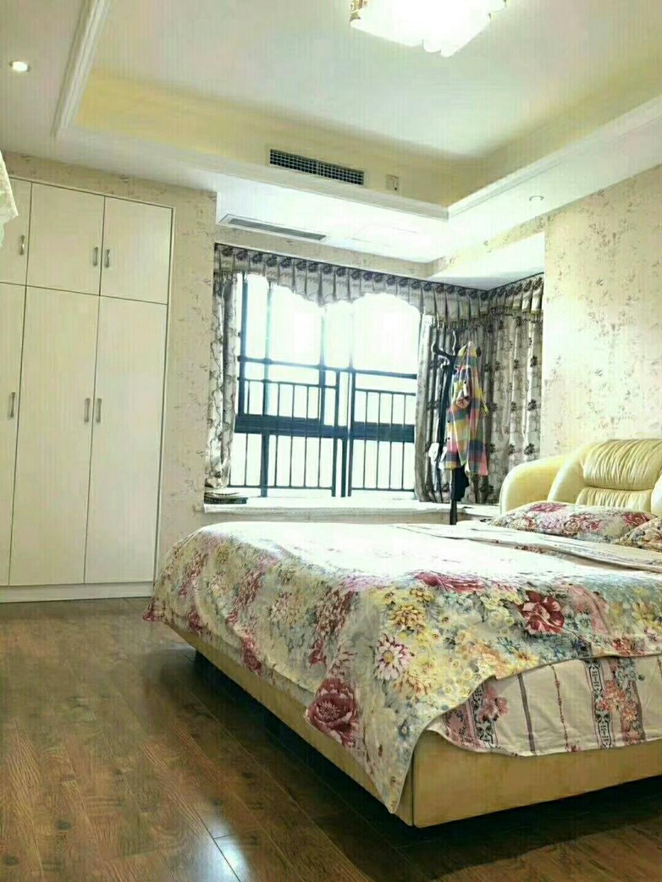伴山国际3室2厅2卫76.8万元,换工作急卖