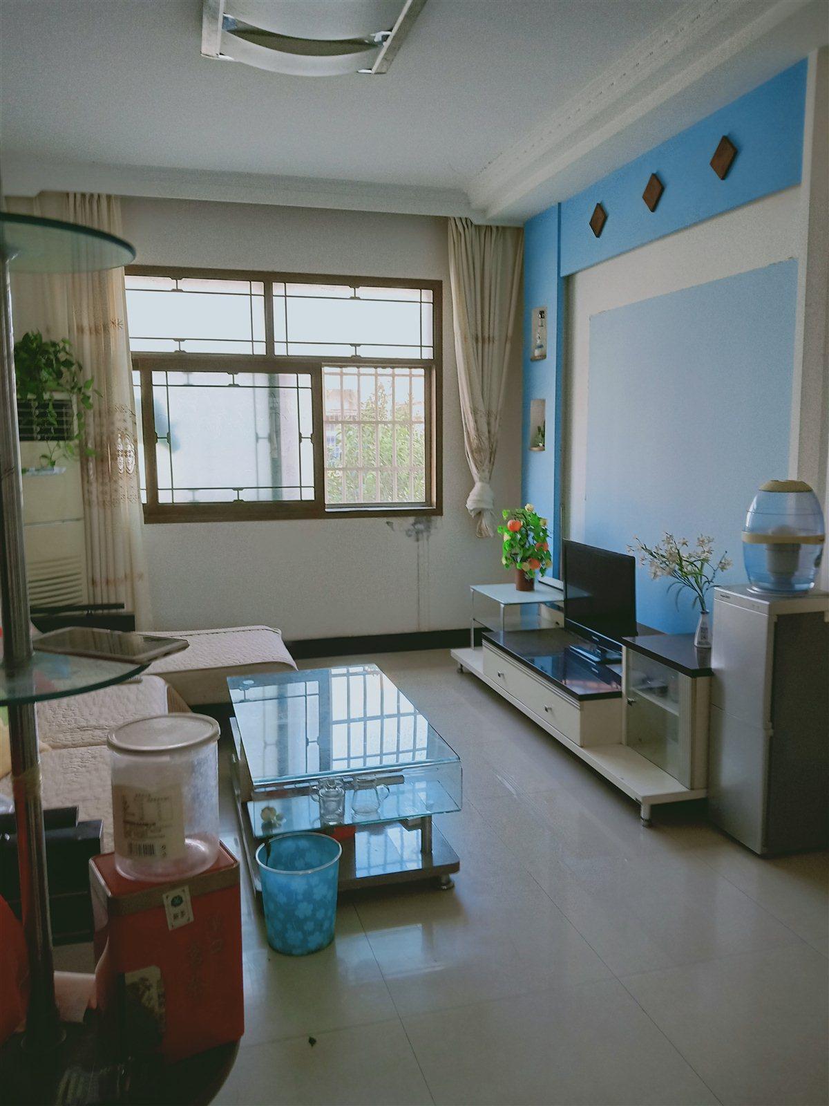 清華幼兒園內2室 1廳 1衛47萬元