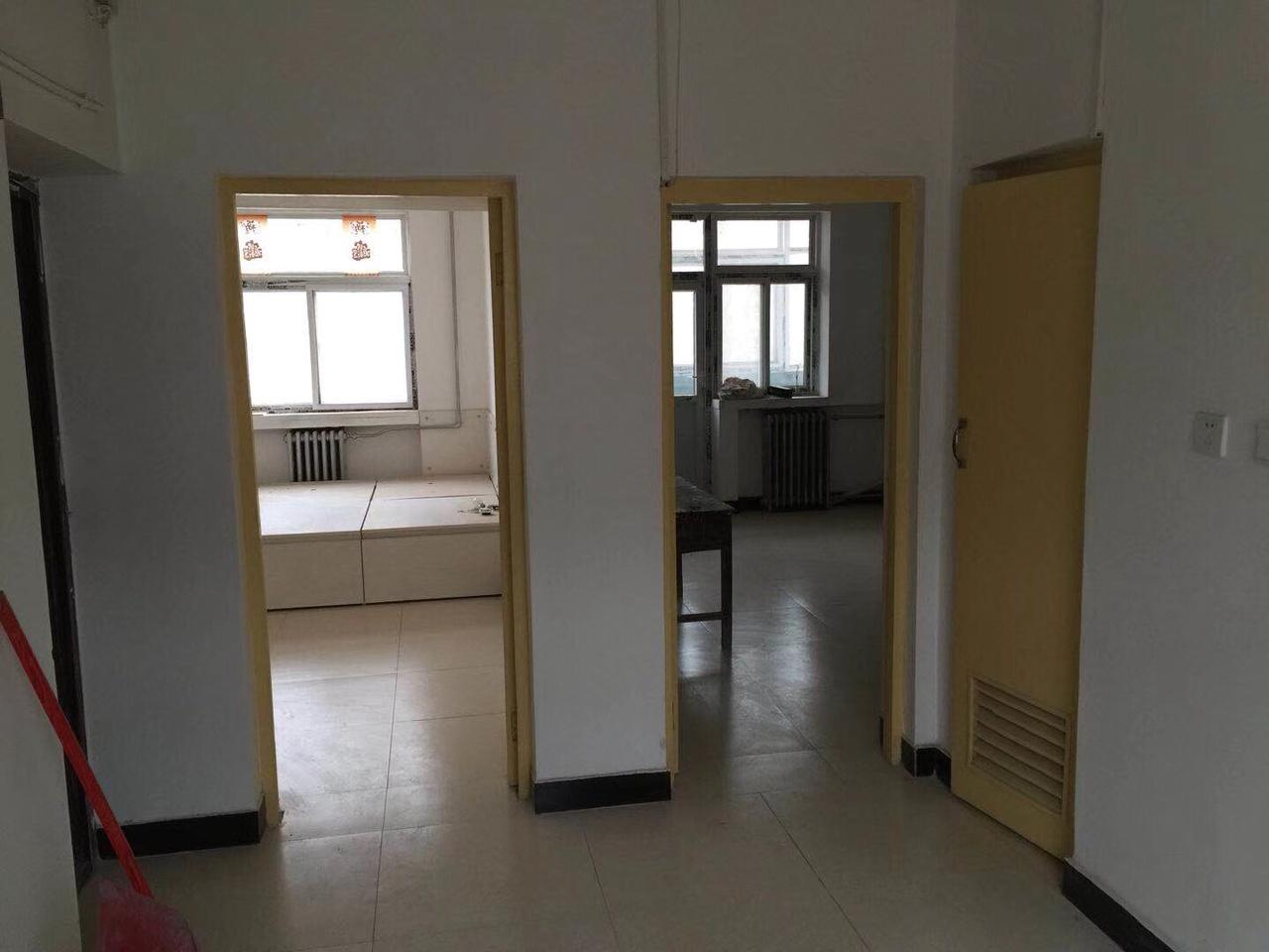 华福小区2室1厅1卫23万元
