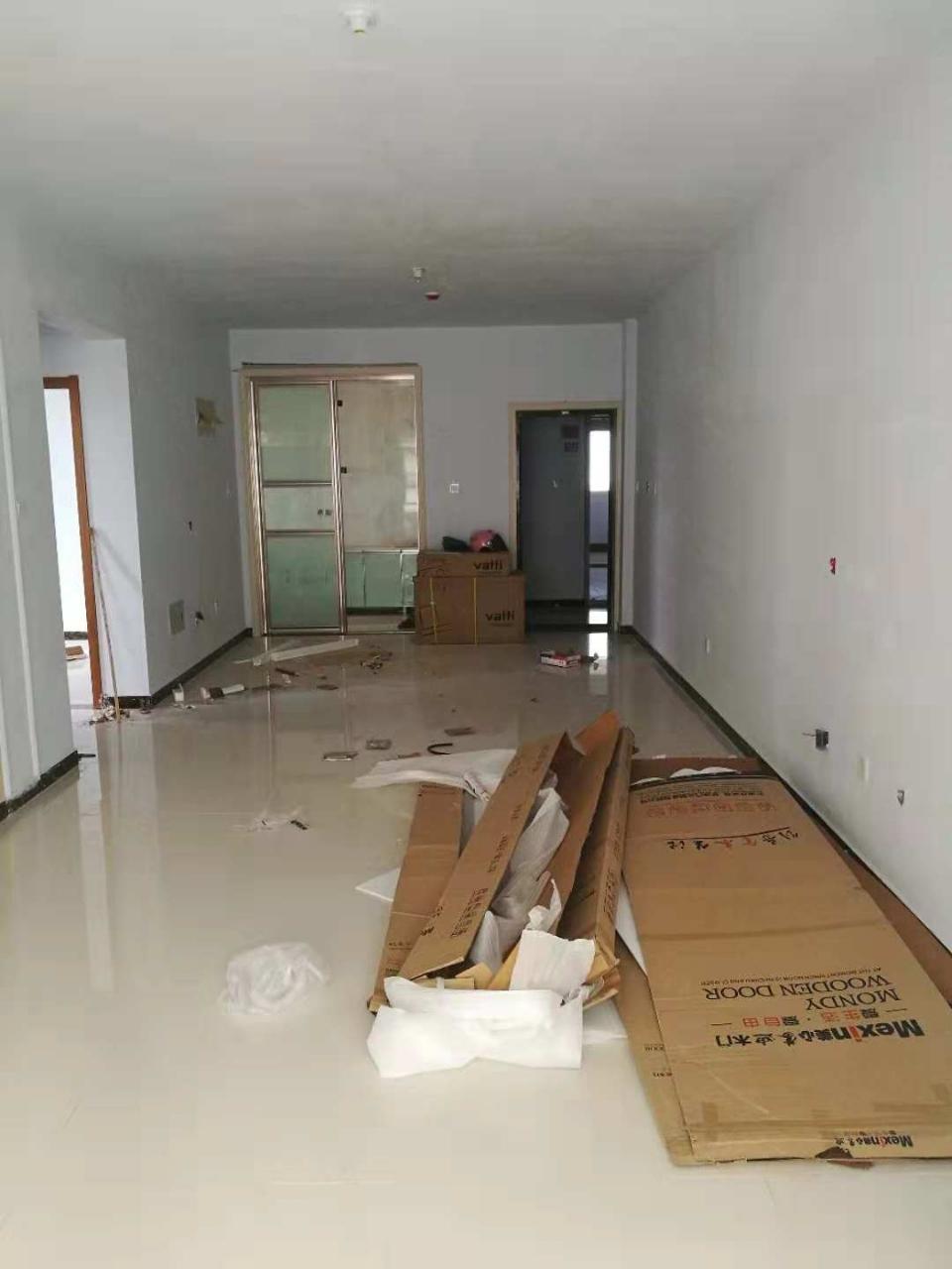 今日推出大禹盛景黄金楼层装修未住室两厅超值价65万