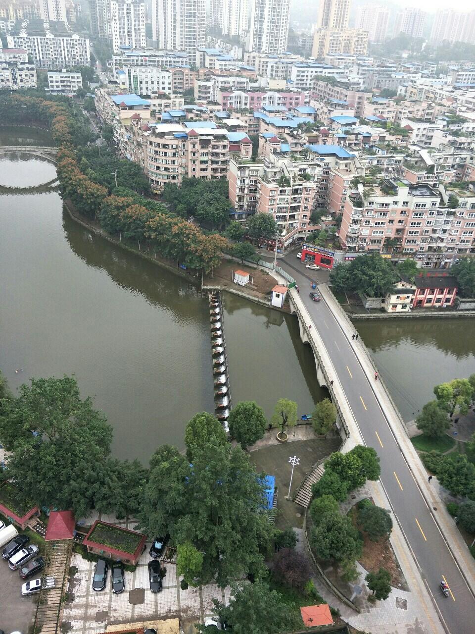 陽光鑫城2室2廳精裝45萬元