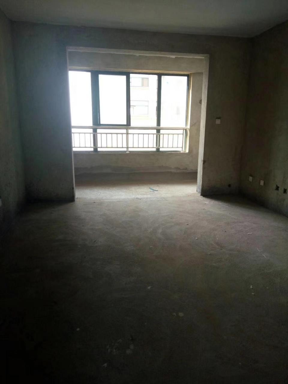 八七名苑3室2厅2卫61万元