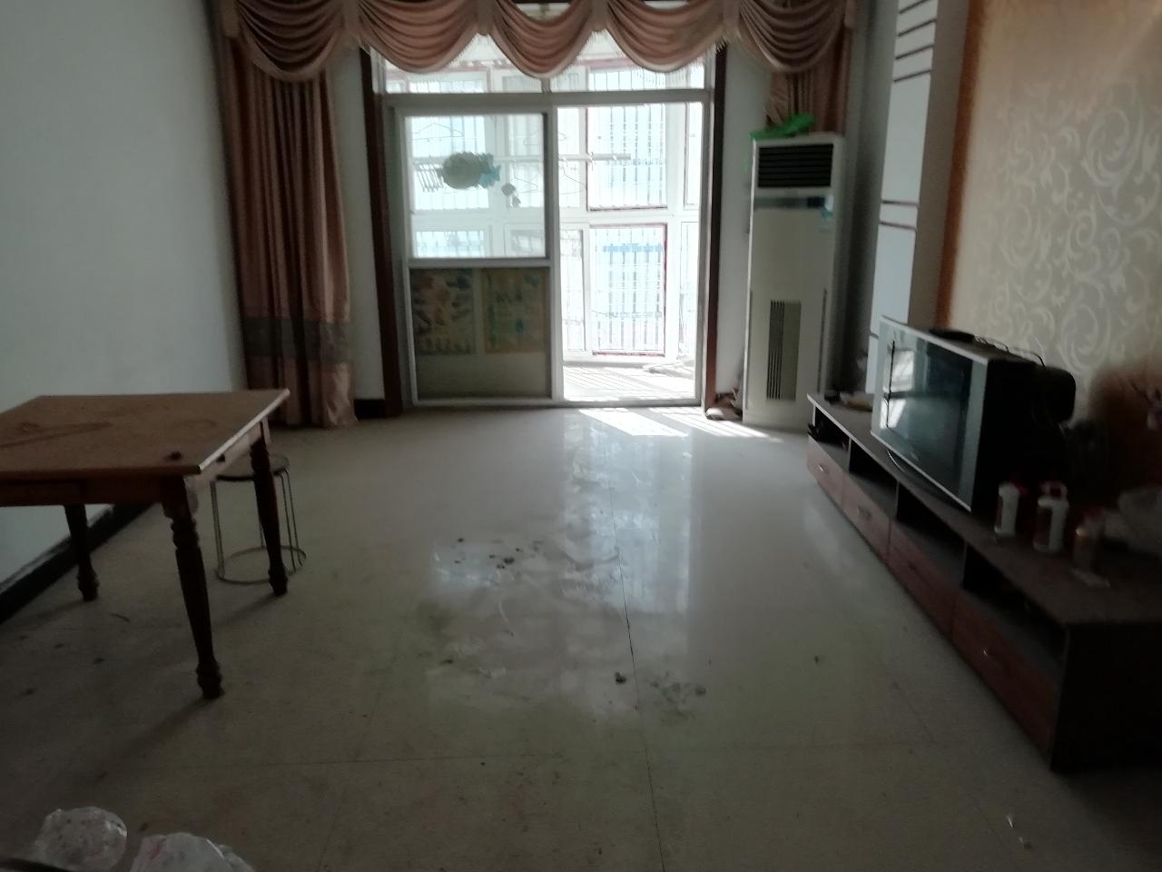 時代新城學區房3室2廳1衛