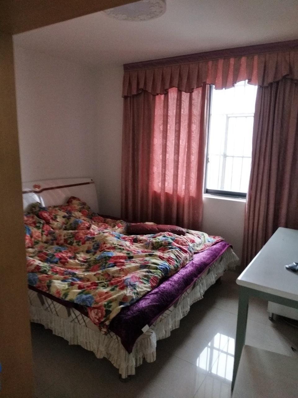 久居福躍層3室2廳2衛64.8萬元,贈送超大花園