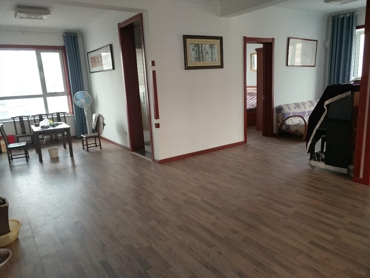 贵和苑南区172平3室2厅2卫车位储藏168万