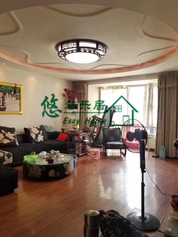 书香名邸4室2厅2卫80万元