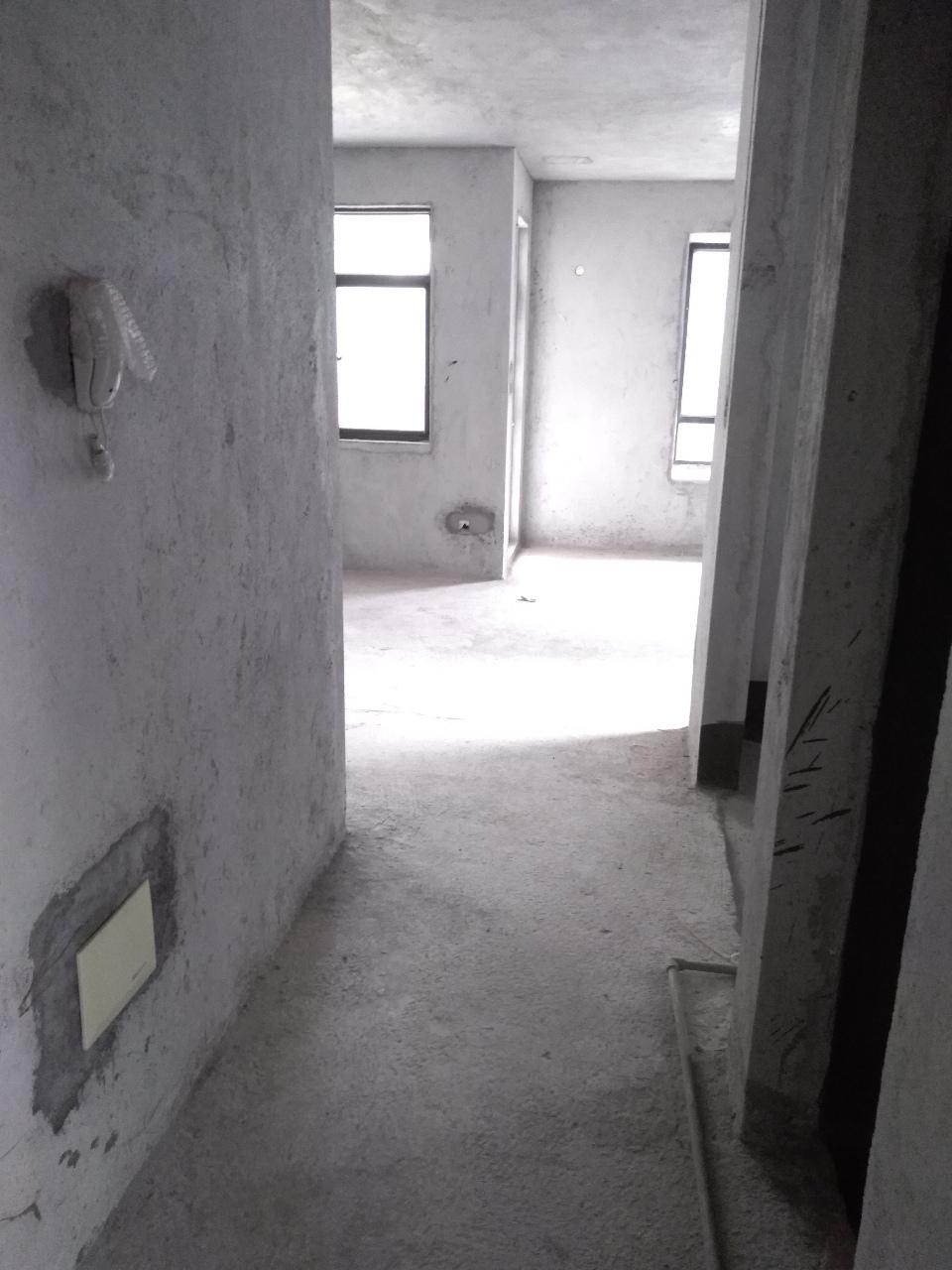 银海路2室2厅1卫60万元业主急售