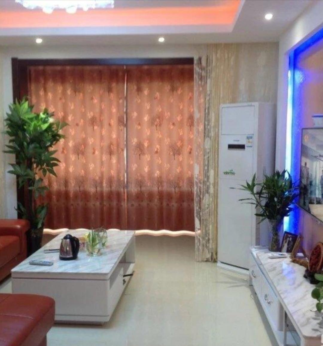 大明国际99平米精装3室2厅1卫100万元