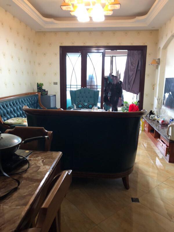 碧桂园3室2厅1卫63万元