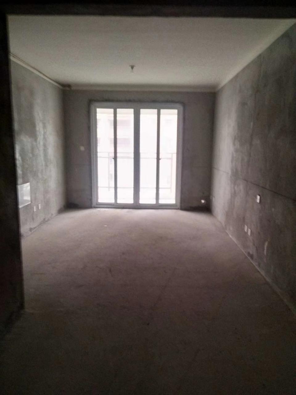 南方新城64平方2室2厅1卫79万元