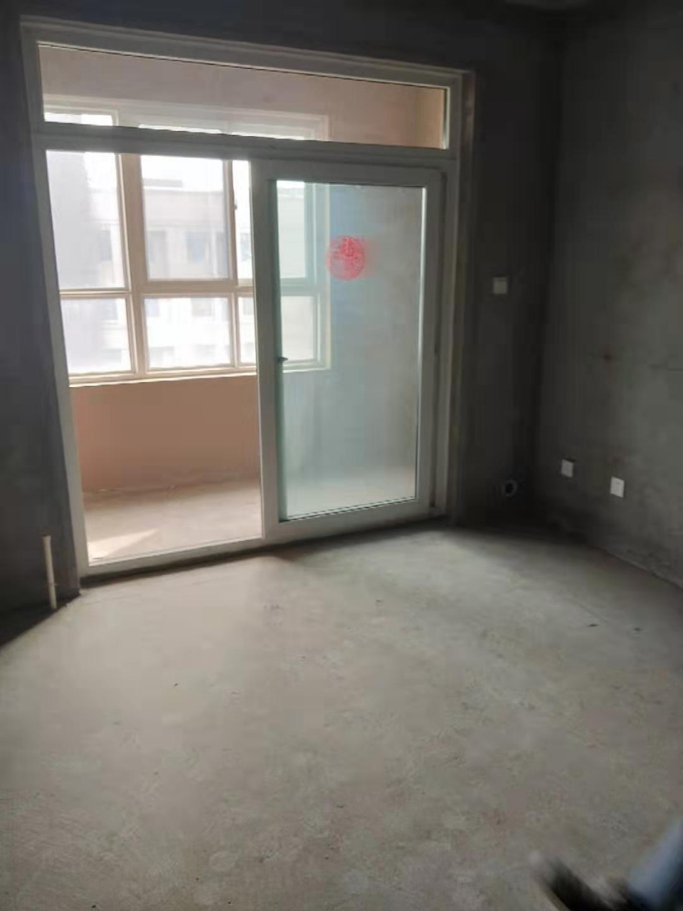 绿都褐石街区2室2厅1卫85万元