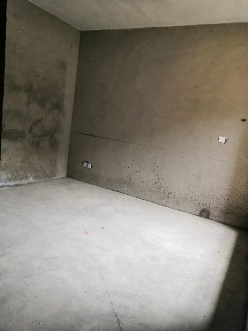 润天·檀香山3室2厅2卫50.8万元