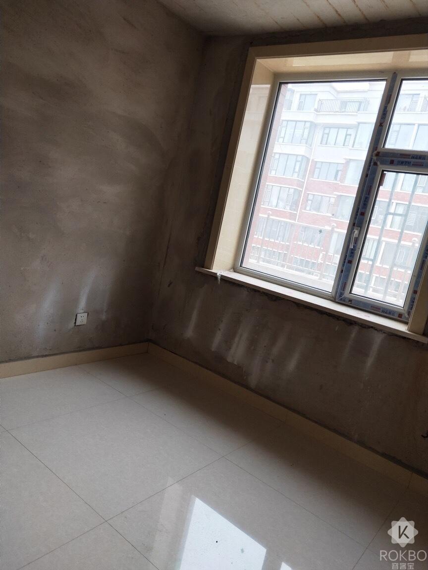 25411三中贴砖楼2室1厅1卫48万元