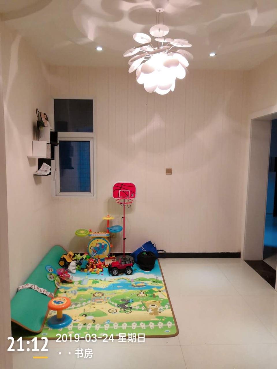 阳光花园3室2厅2卫68.8万元